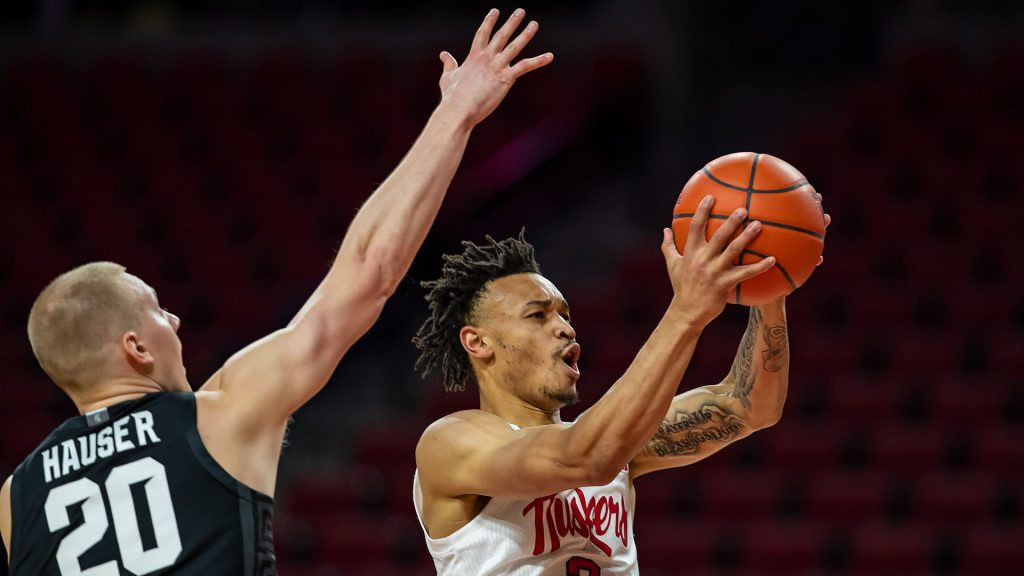 Huskers Still Winless in Conference Play