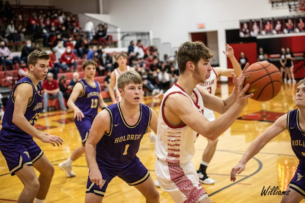 (AUDIO) – Broken Bow Fights off Holdrege Hot Start, Earns Sixth Win