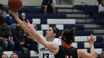 Dawgs record seventh GPAC road win in blowout fashion