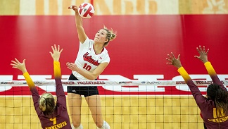 Husker Volleyball drops first match of season in loss to Minnesota