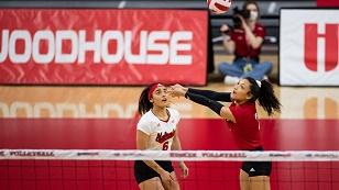 Husker Volleyball sweeps Minnesota