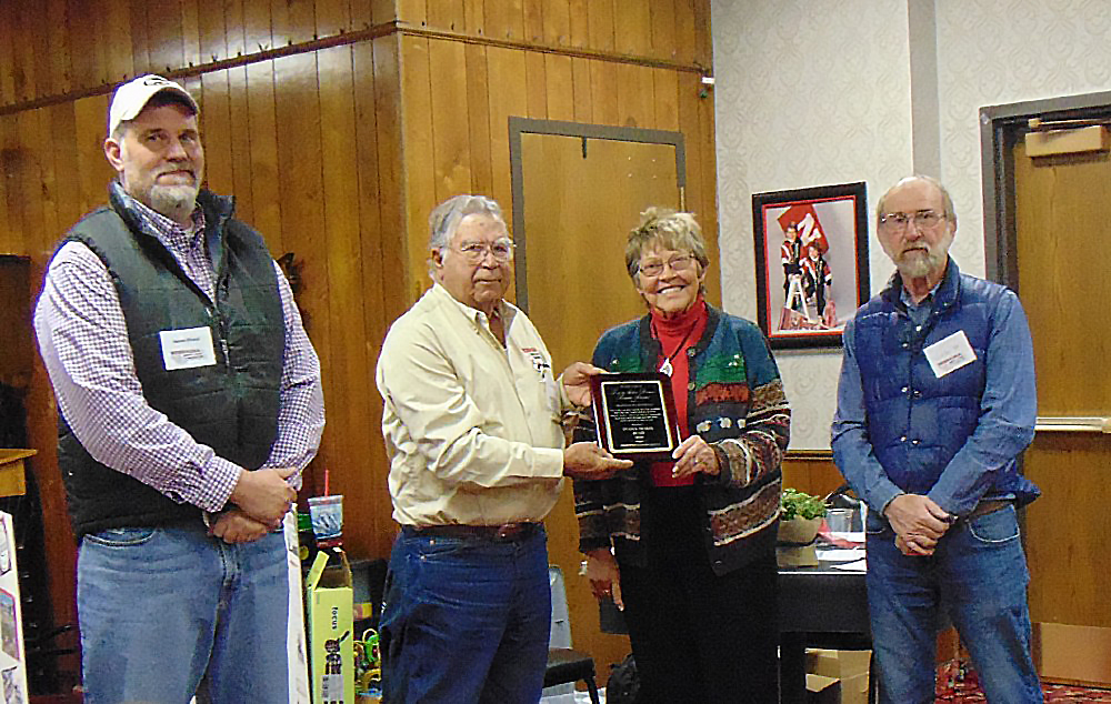 Scottsbluff couple honored by Nebraska Sheep and Goat Producers