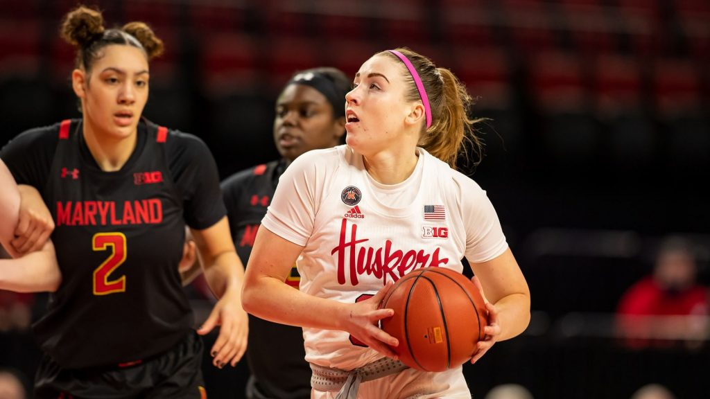No. 9 Maryland too much for Huskers