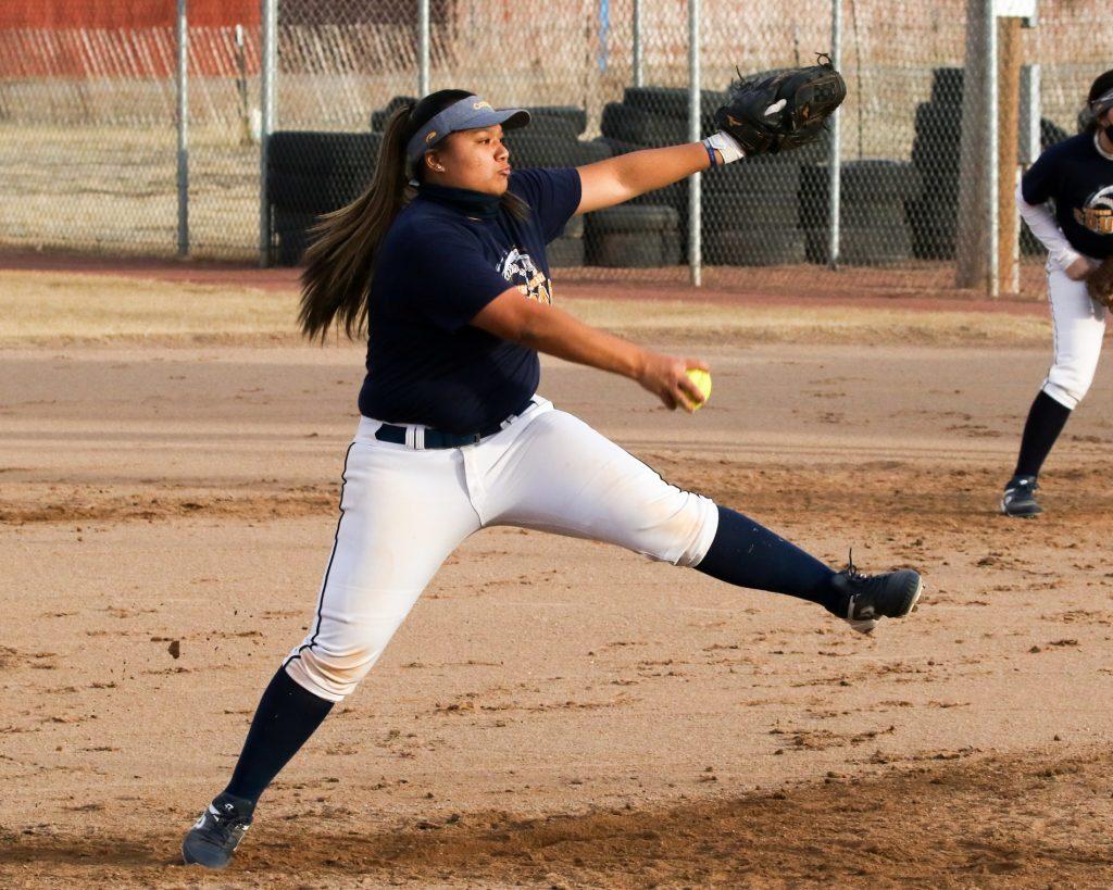 Cougar softball season starts in Texas