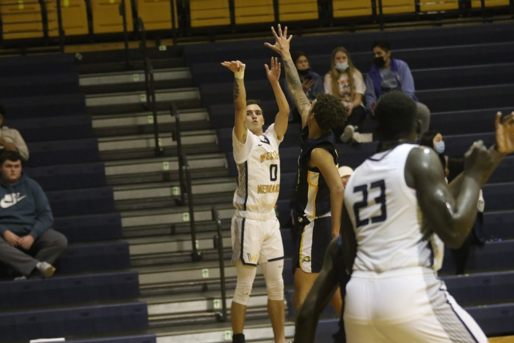 Late free throws help WNCC down LCCC 83-79