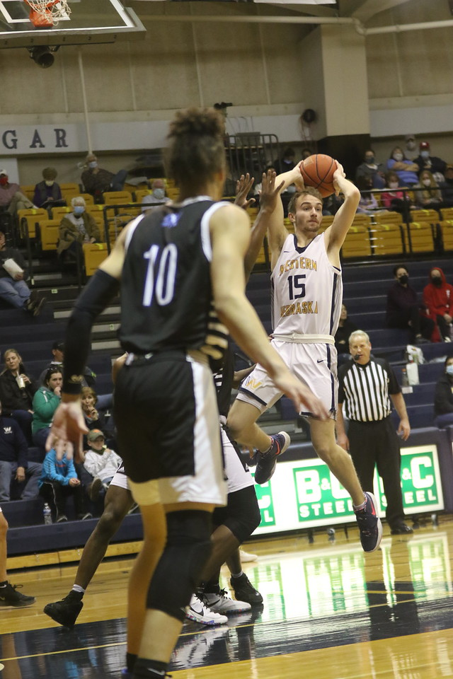 WNCC men fall to McCook 82-74