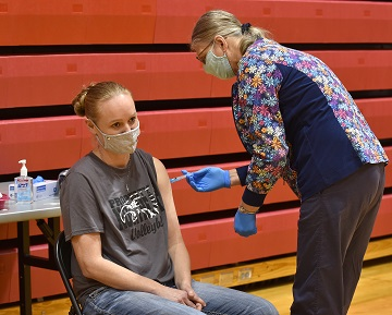 Northeast Community College employees receive COVID-19 vaccine at Norfolk campus clinic