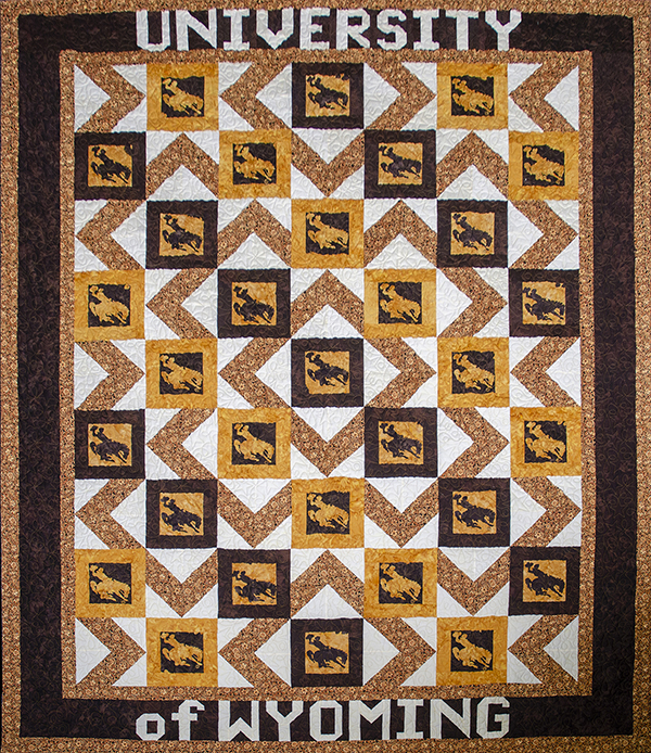 Wyoming couple donates handmade quilt to raise money for wool judging programs