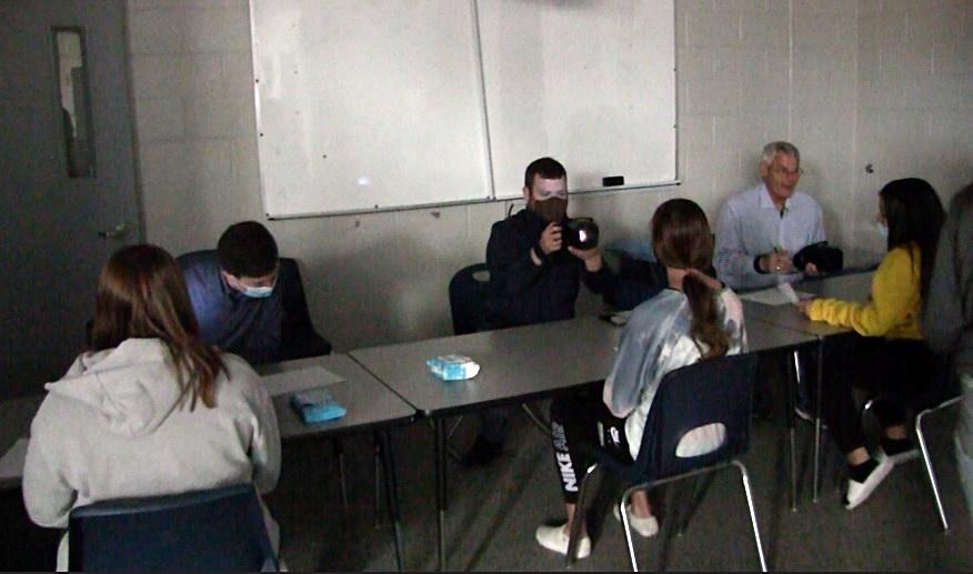 Lions Club Members Finish Vision Screenings at Gering Schools