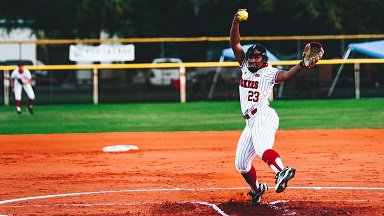 Husker Softball splits with Buckeyes